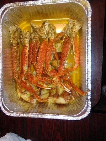 201 1LB Snow crab legs 1/2LB Potatoes $20 75 - Picture of Karen's