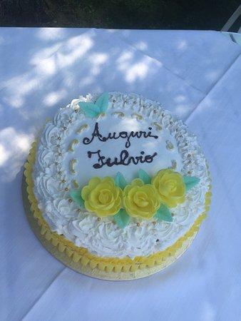 Citta Sant'Angelo, Italia: Le torte della Locanda....vere opere d'arte !!!