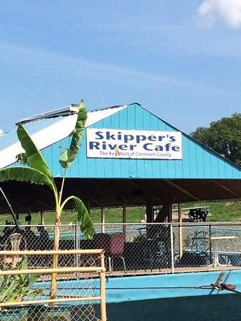 New Richmond, OH: Skippers River Cafe
