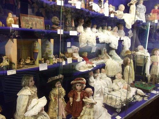 Brading, UK: Dolls