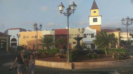 Bahia Principe Costa Adeje: IMAG0101_large.jpg