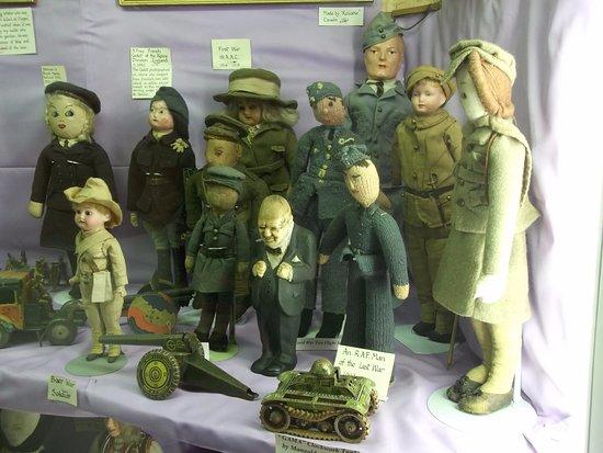 Brading, UK: ww2 dolls