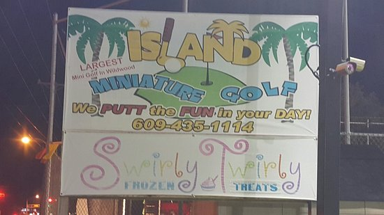 Island Miniature Golf : 20160816_210140_large.jpg