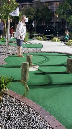 Island Miniature Golf : 20160816_203304_large.jpg