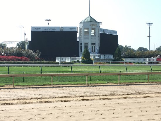 Churchill Downs: photo7.jpg