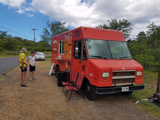 Red Food Truck, Вайлеа - 9 фото ресторана - TripAdvisor