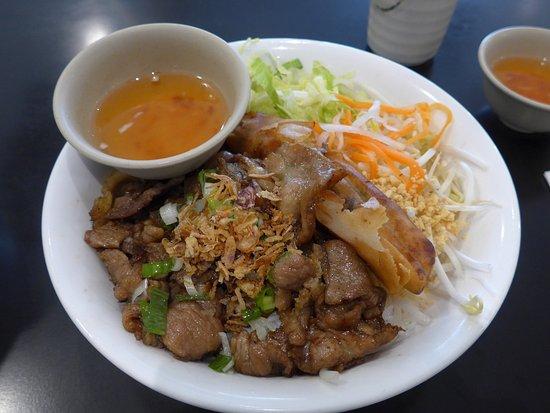 Pho song vietnamese cuisine asian restaurant 22334 for Azian cuisine maple