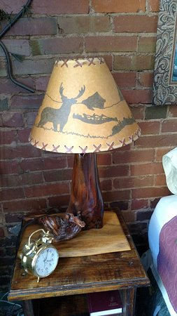 Deadwood Dick's: Lamp