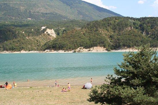 Treffort, France: vue du lac