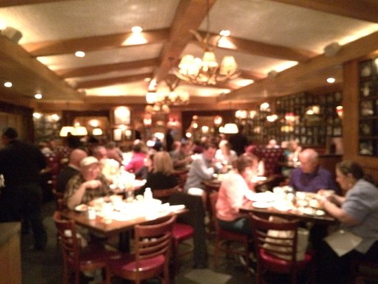 Lincolnwood, IL: L. Woods Tap & Pine Lodge
