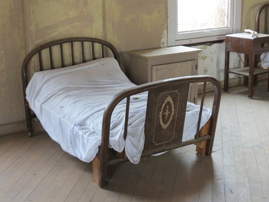 Ione, CA: One of the children's beds in the upstairs room