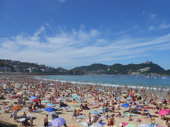 La Concha Beach: Desde el paseo marítimo
