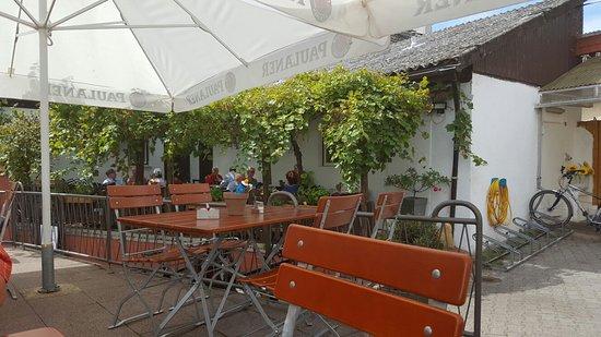 Όφενμπαχ, Γερμανία: Zum Schiffchen