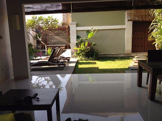 Pradha Villas: Lounge view