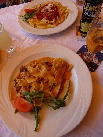 photo0.jpg - Foto di Ristorante Pizzeria Terrazza, Ortisei ...