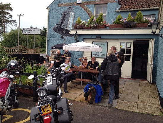 The Bell at Standerwick: Chilling out with the bikers