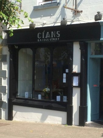Cíans on Bridge Street