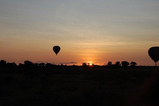 Governors' Balloon Safaris: Sunrise over the Mara