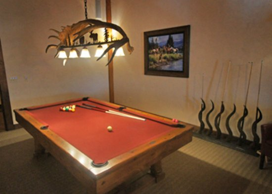Divide, MT: Billiards