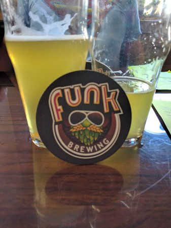 Elizabethtown, PA: Cool local taproom