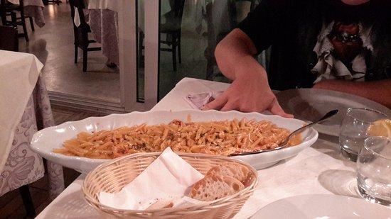Cinquale, Italia: Penne all'imperiale