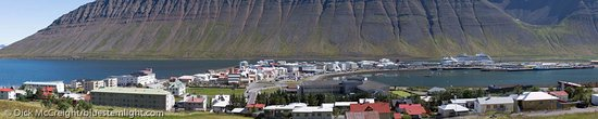 Isafjordur, Islanda: View of Town from Hillside