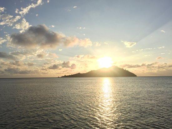 Likuliku Lagoon Resort: Amazing sunset!