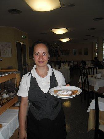 Hotel Plaza: Angelica e le sue crepes alla nutella