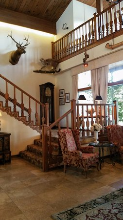 Enzian Inn: Lobby