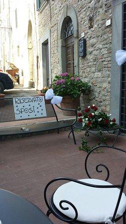 Castel Rigone, Italia: 20140703_181215_large.jpg
