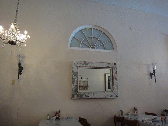 Upper Crust Cafe & Bakery Photo