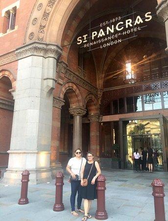 St. Pancras Renaissance Hotel London Photo