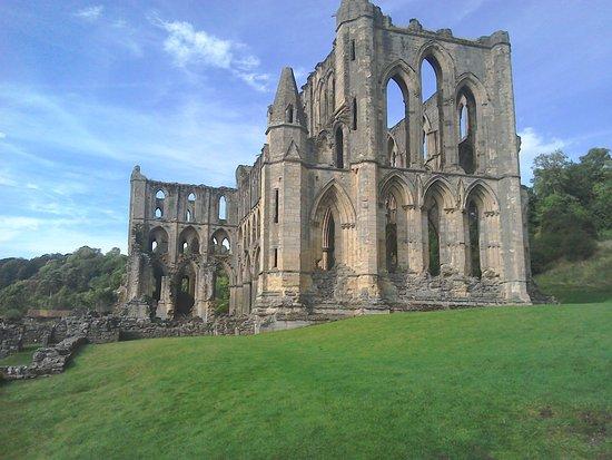 Helmsley, UK: Impressive Abbey