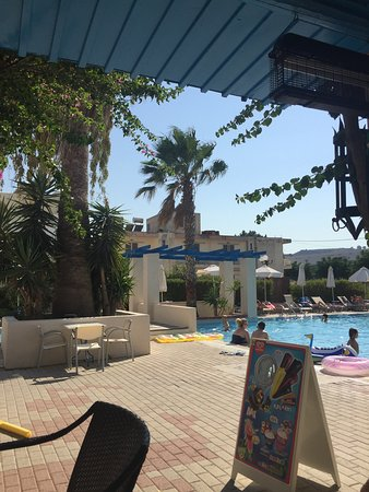 Nissia Kamares Hotel Apartments: photo1.jpg