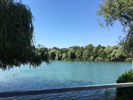Ettlingen, Tyskland: Badesee Buchtzig