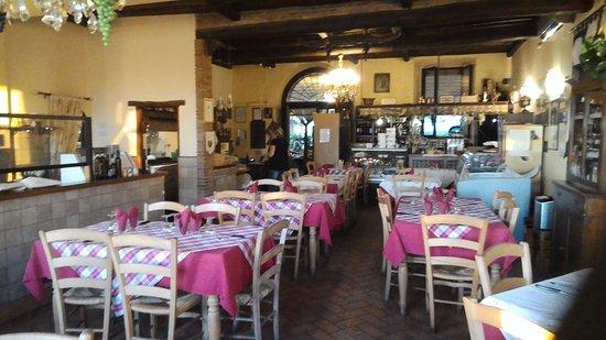 """Trattoria-Pizzeria-Enocacioteca il """"Moderno"""" - Foto di Trattoria-Pizzeria-Enocacioteca  il """"Moderno"""", San Martino al Cimino - Tripadvisor"""