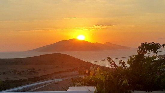 Schinoussa, Grecja: 20160827_234349_large.jpg
