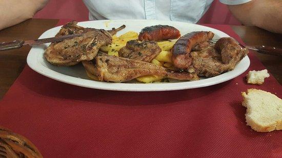 Barbastro, إسبانيا: Buena comida, a buen precio