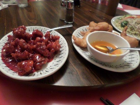 Cantonese Restaurant: deux des plats