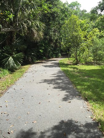 North Miami, FL: Walking trails