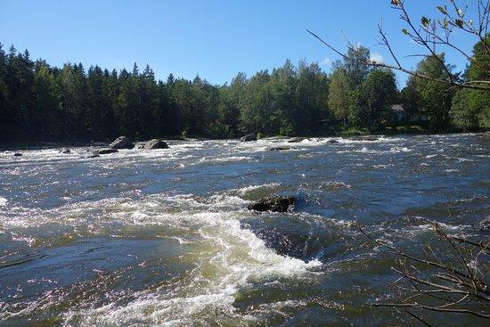 Kotka, Finlande : Бурная река