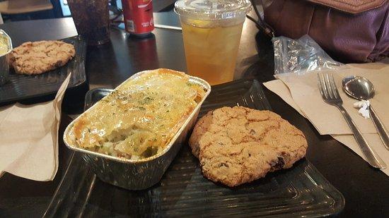 Cafe Moxo: Chicken Pot Pie & Café Bre'Ann Cookie