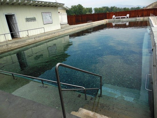 """Challis, ID: The """"cooler"""" pool with dressing rooms"""