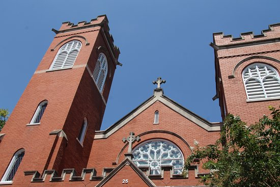 Frederick, Maryland: So many churches, so many steeples in downtown.