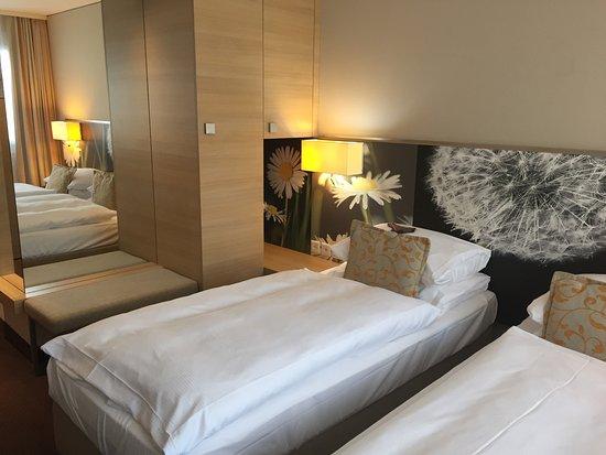 Chambre - Bild von H+ Hotel Zürich, Zürich - TripAdvisor