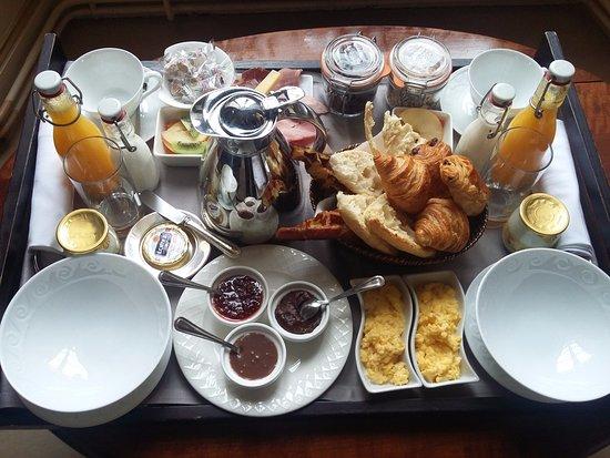 Curzay-sur-Vonne, Fransa: petit dejeuner