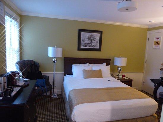 Concord, MA: Bed