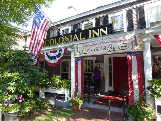 Concord's Colonial Inn: Front of hotel