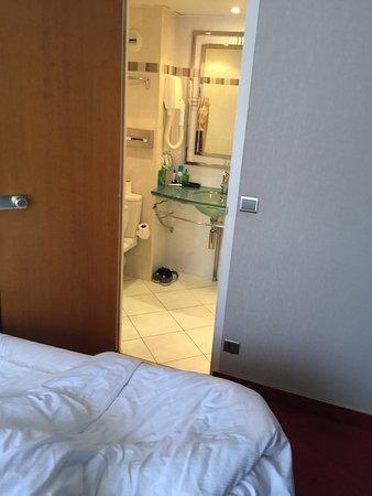 โรงแรมอาโกราแซงท์แชร์แม็ง: Agora Saint Germain