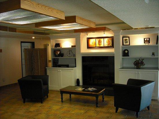 Whitecourt, Canadá: Our Lobby